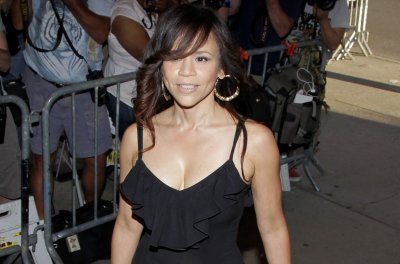 Rosie Perez leaving 'The View' after four months