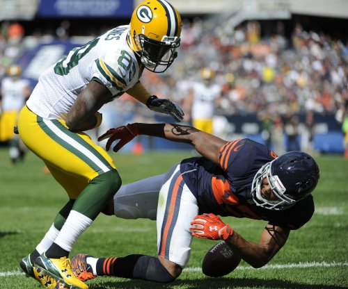 James Jones, Green Bay Packers get past Chicago Bears