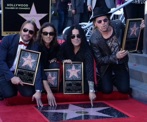Mana honored with star on Hollywood Walk of Fame