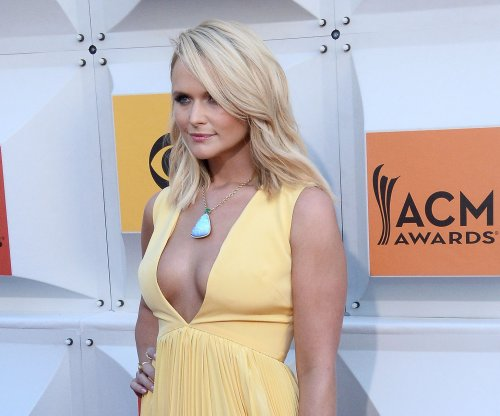 ACMs: Miranda Lambert, Carrie Underwood shine on the red carpet; Luke Bryan kicks off ceremony