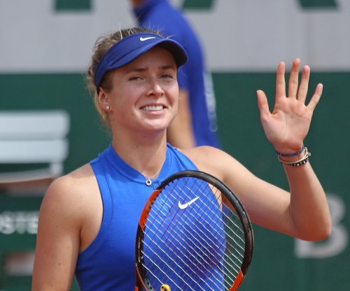 Elina Svitolina rallies to reach Taiwan final