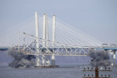 Watch: Dynamite brings down Tappan Zee Bridge