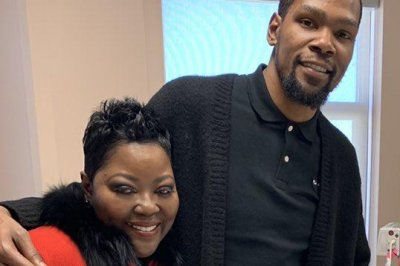 Kevin Durant's mom responds to son's critics