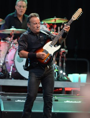 Springsteen's son becomes New Jersey firefighter