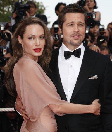 Jolie suffers minor injury on film set
