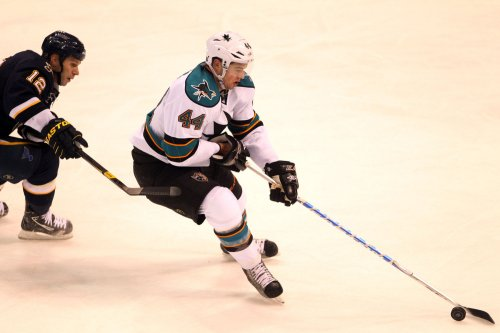 NHL: San Jose 2, Nashville 1 (SO)