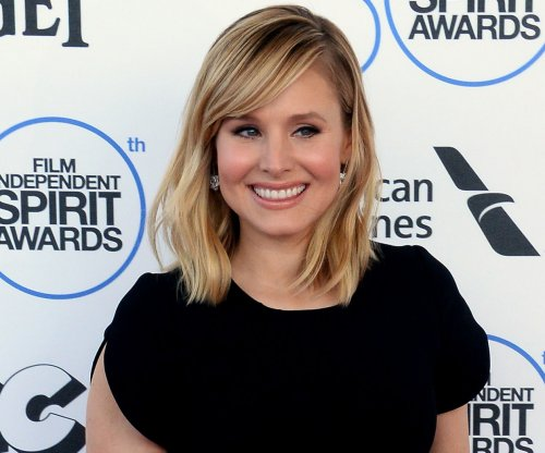 'House of Lies,' starring Kristen Bell and Don Cheadle, is renewed for a fifth season