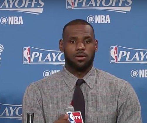 Cleveland Cavaliers sink record 25 3-pointers, blitz Atlanta Hawks