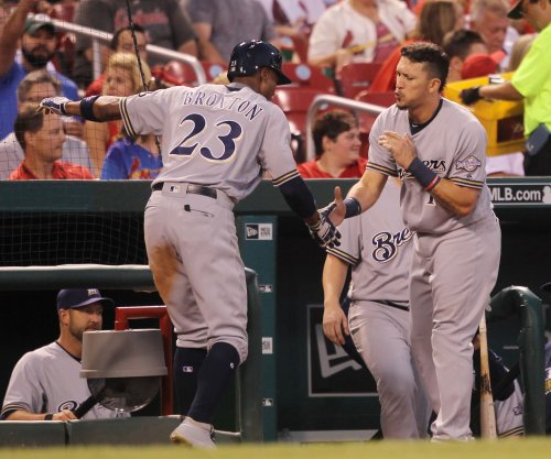 Keon Broxton's 4 RBIs help Milwaukee Brewers defeat Boston Red Sox