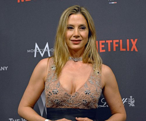 Mira Sorvino joins Crackle's 'StartUp' for Season 3