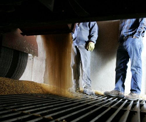 Lawmakers want probe after EPA allows some refineries to stop using ethanol