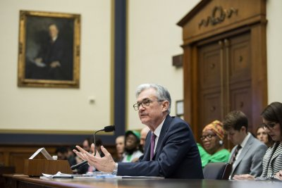 Fed Chairman Powell says tools to fight recession are limited