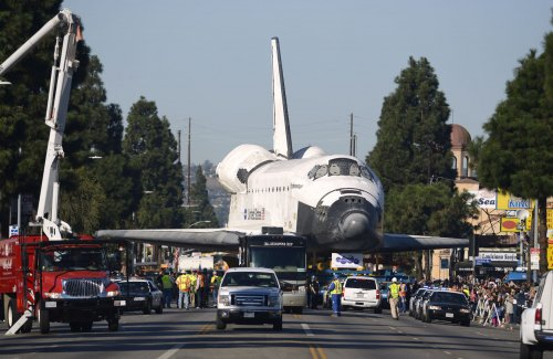 LAPD: Shuttle trek may have cut crime