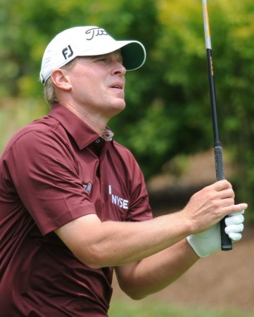 Stricker on course for 3rd straight Deere