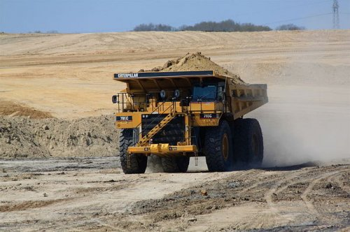 Monitoring system can detect dangerous fatigue in mine truck driver