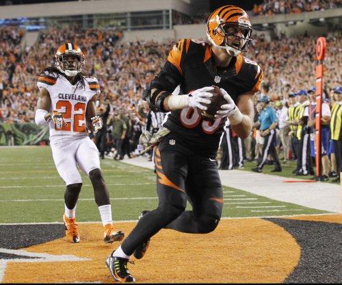 Cincinnati Bengals TE Tyler Eifert remains in concussion protocol