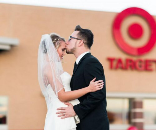 West Virginia couple recreate wedding photos at Target for anniversary