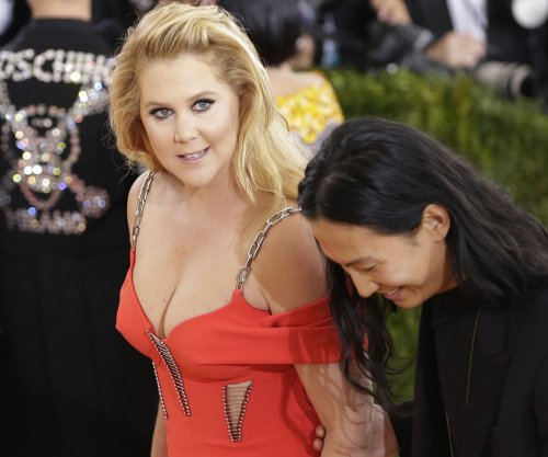 Amy Schumer stand-up comedy special headed to Netflix