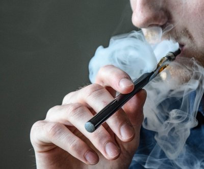 AMA calls for ban on all e-cigarette, vaping products