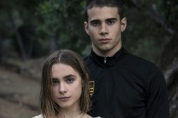 Claara Galle, Julio Pena to star in Netflix's 'A Traves De Mi Ventana'