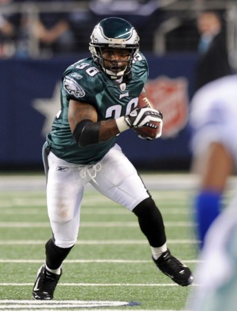 Brian Westbrook retires as an Eagle