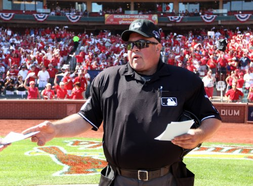 Veteran MLB umpire Wally Bell dies in Ohio at 48