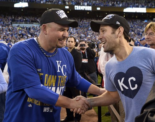 Paul Rudd invites fans to celebrate KC Royals win at his mom's house