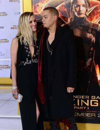 Evan Ross says marriage to Ashlee Simpson is 'best thing ever'