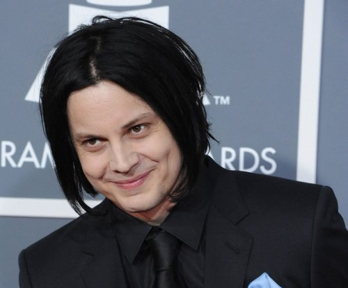 Jack White enjoys neighborhood potluck without being recognized