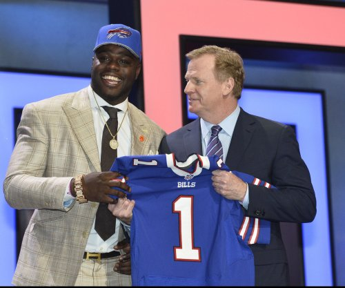 Buffalo Bills sign No. 1 pick Shaq Lawson