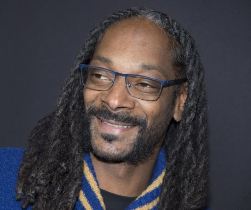 Famous birthdays for Oct. 20: Snoop Dogg, John Krasinski