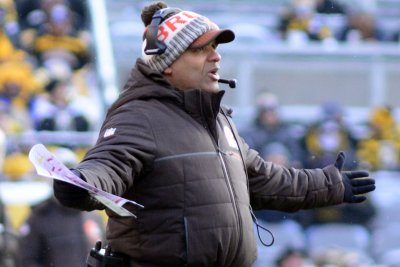 Browns' Jackson dreams of pairing Chubb, Garrett