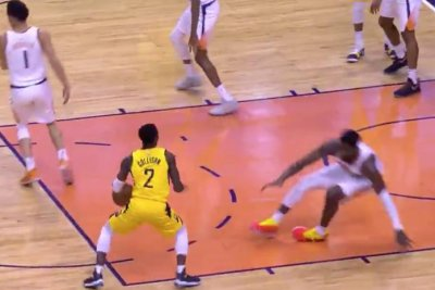 Pacers' Darren Collison drops Suns' DeAndre Ayton with crossover