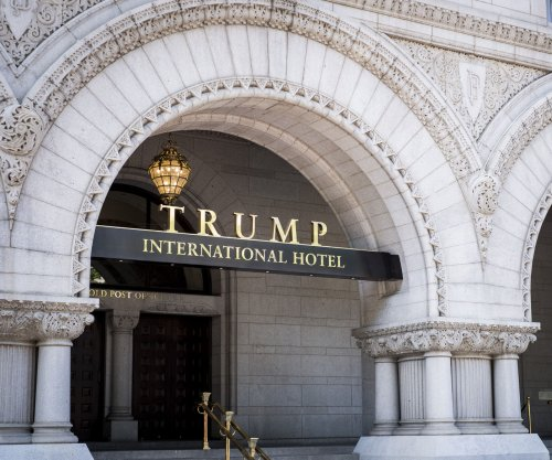 Appeals court to rehear Trump emoluments case