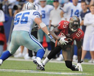 NFL: Dallas 13, Tampa Bay 9