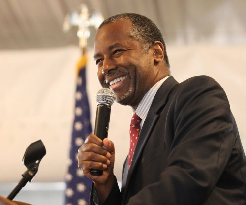 Ben Carson gains on Donald Trump in new poll