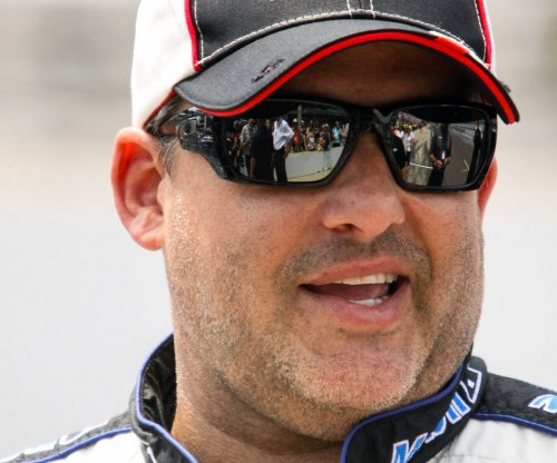 Reports: Tony Stewart plans to retire after 2016 season