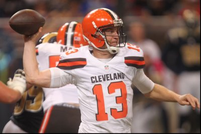 Mike Pettine: Josh McCown to start if cleared to play