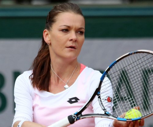 Agnieszka Radwanska, Elena Svitolina advance to Connecticut Open final