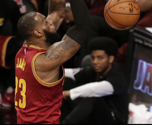Cleveland Cavaliers' 3 spree sets NBA record in 135-130 win