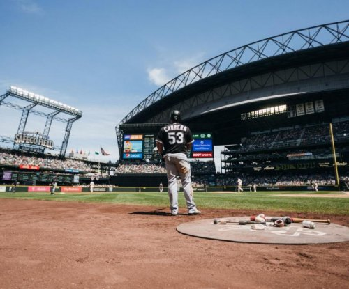 Chicago White Sox blast Seattle Mariners again