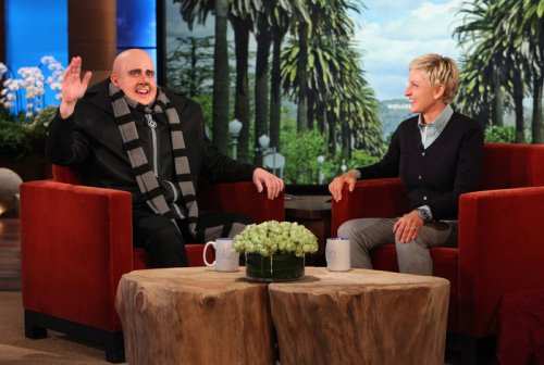 Steve Carell dresses as 'Despicable Me' character on 'Ellen'