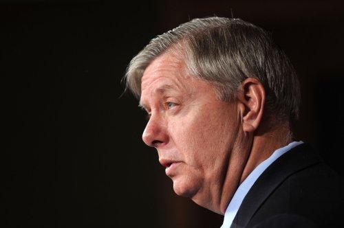 Graham pushes 20-week abortion ban