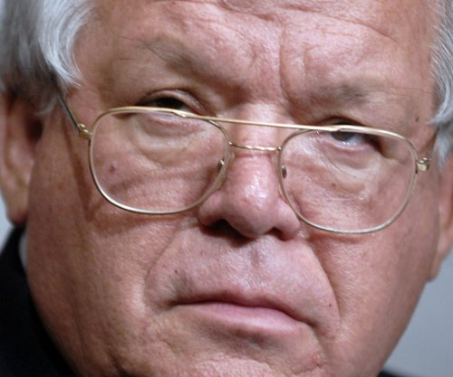 FBI says three possible sex assault victims in Hastert case, report says