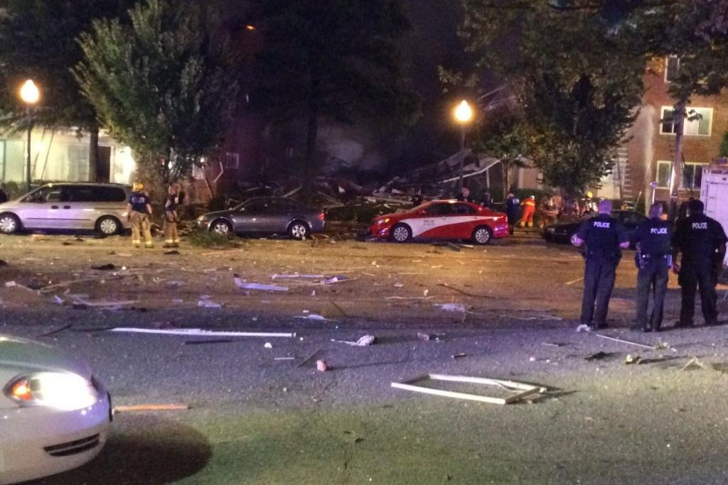 at least 2 killed in explosion at silver spring md apartment complex upicom