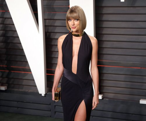 Taylor Swift's mother testifies in DJ groping case: 'We were shocked'