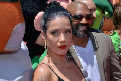 Halsey attends 'Teen Titans Go! To the Movies' premiere