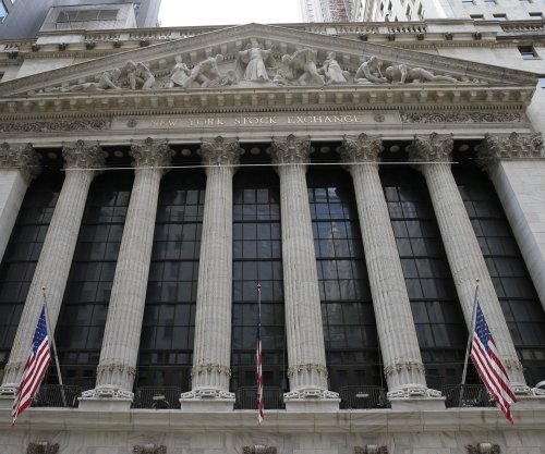 Dow rises 459 points as tech stocks push markets higher