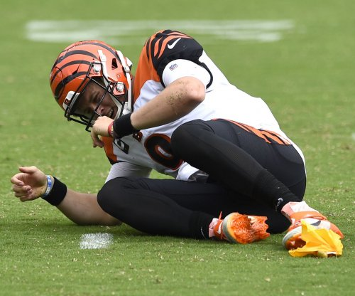 Rookie Bengals QB Joe Burrow expects to miss rest of season with knee injury