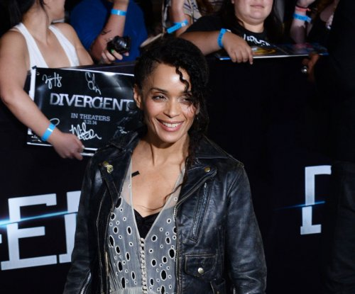 Lisa Bonet 'disgusted' by Bill Cosby allegations says daughter Zoe Kravitz
